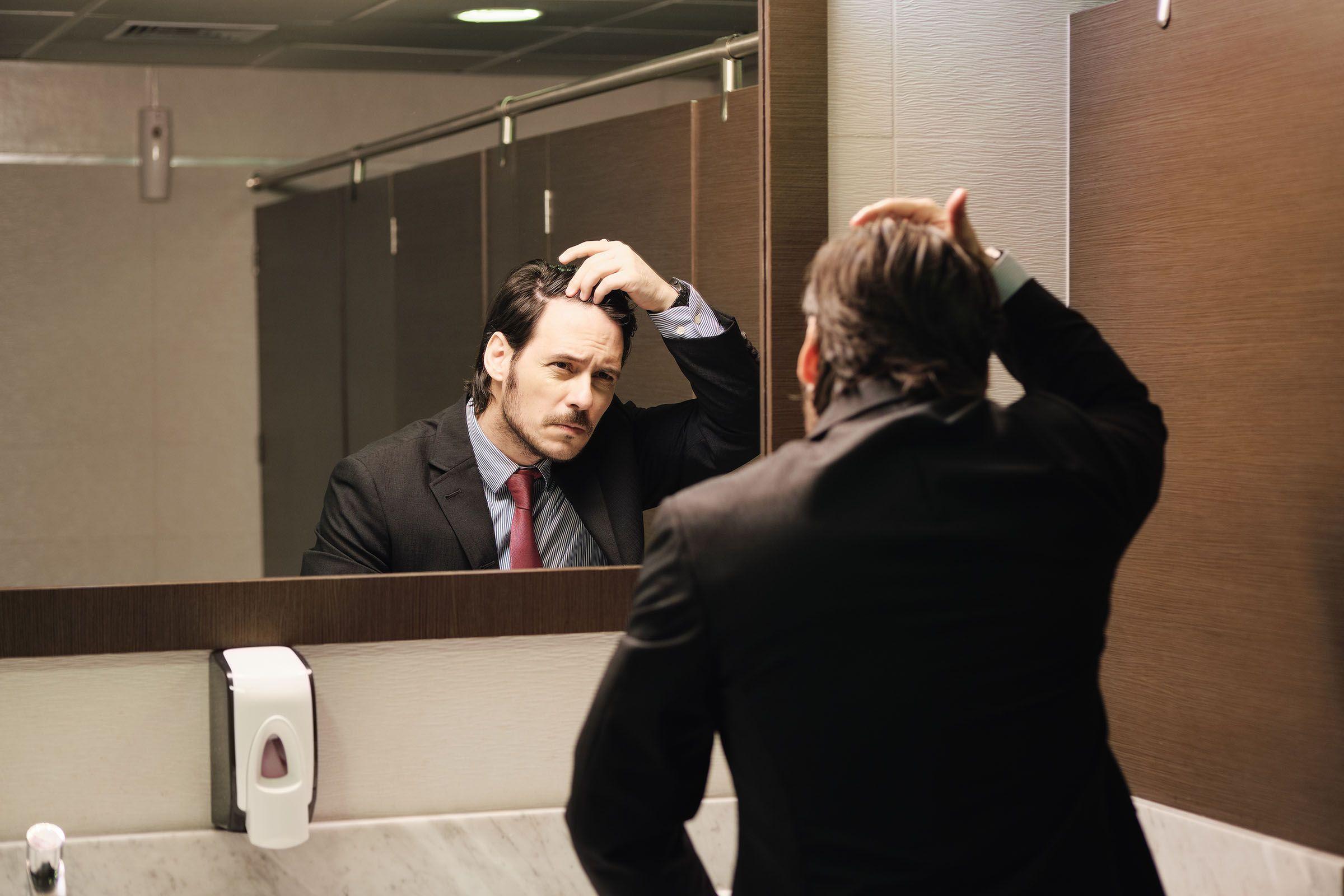 """¿Cuáles son las diferencias entre """"caída del cabello"""" y """"alopecia""""?"""